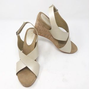 NEW TOETOS Wayhead Platform Wedge Cream Sandal-10